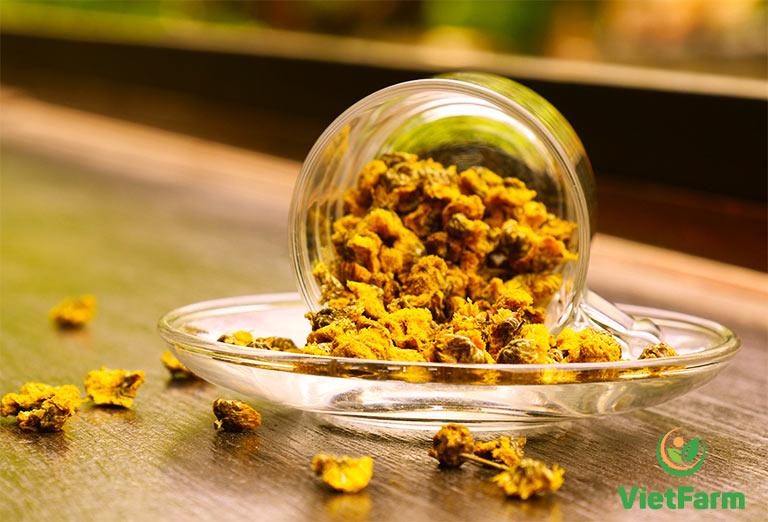 Trà hoa cúc vàng được đánh giá có hương vị thơm ngon hơn hẳn