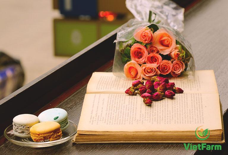 Vị trà thảo mộc thơm ngon mang đậm hương vị tình yêu