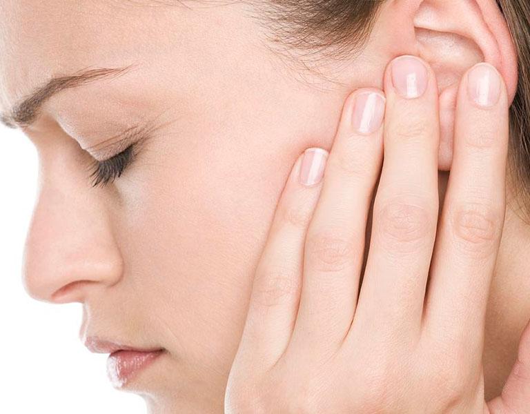 Viêm tai giữa ứ dịch là một chứng bệnh xuất phát từ viêm tai khi màng nhĩ đóng kín
