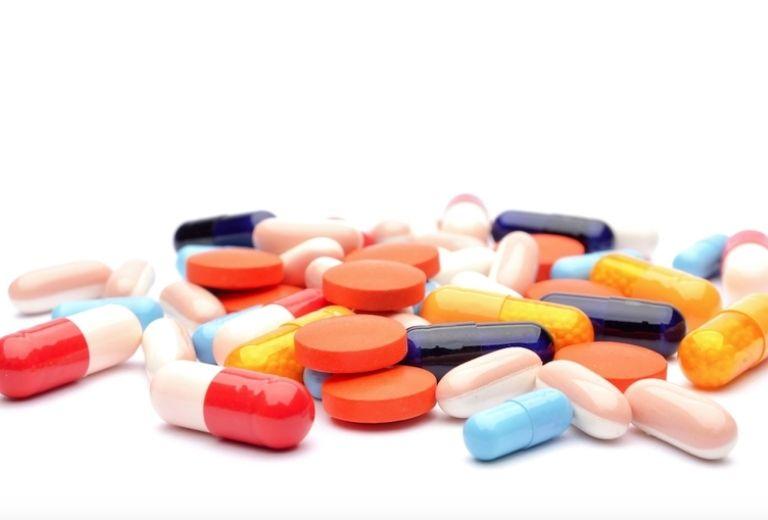 Thuốc Tây ngăn ngừa hiện tượng viêm nhiễm và sự phát triển của vi khuẩn