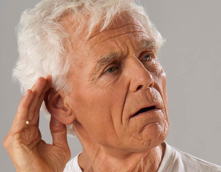 Bệnh ù tai nếu không điều trị sẽ gây điếc vĩnh viễn