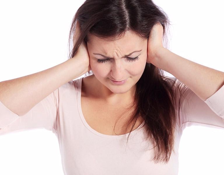 Cách chữa ù tai bằng gõ trống tai có thao tác đơn giản