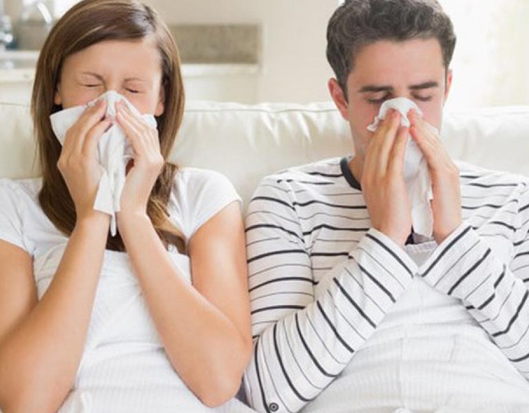 Mắc bệnh đường hô hấp có thể là nguyên nhân gây bệnh tai bị ù và chảy nước