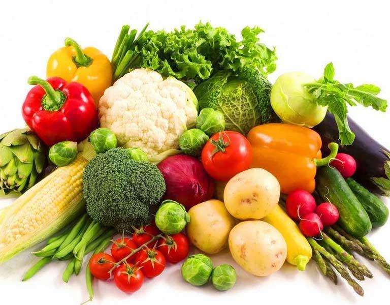 Người bệnh nên tăng cường sử dụng các loại rau củ quả có chứa nhiều chất xơ