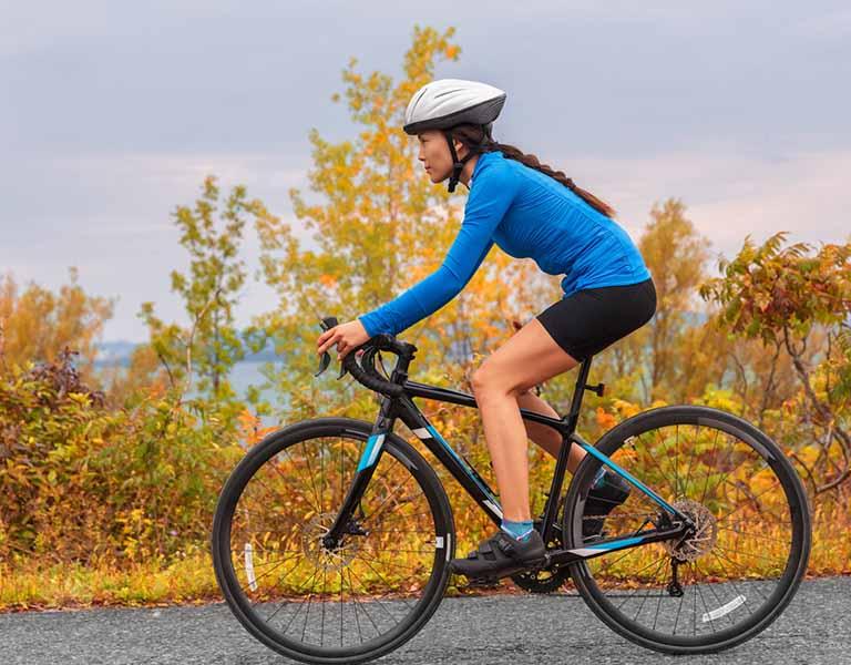 Người bệnh có thể chọn một vài môn thể thao để rèn luyện sức khỏe, tăng cường phòng tránh bệnh tật