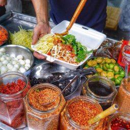 Viêm amidan hốc mủ kiêng ăn gì? đó là các món ăn chua cay