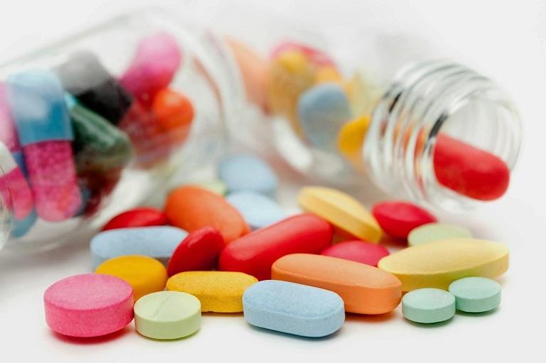 Uống thuốc Tây là một phương pháp điều trị hiệu quả, nhanh chóng
