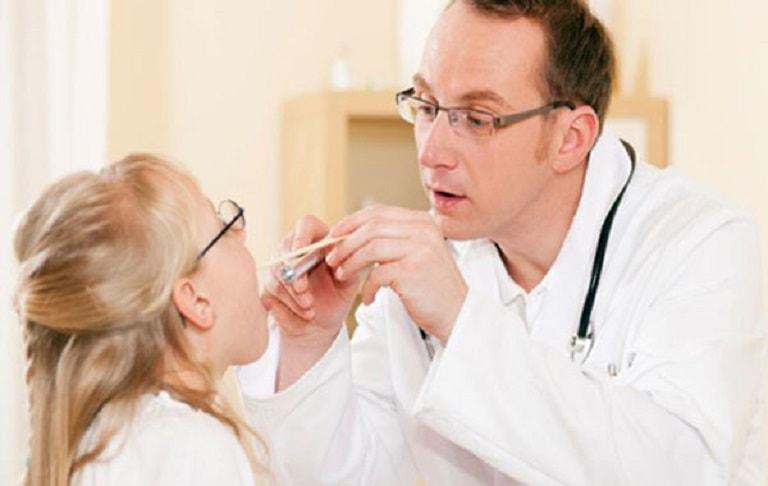 Viêm mũi họng cấp ở trẻ em là tình trạng khá phổ biến