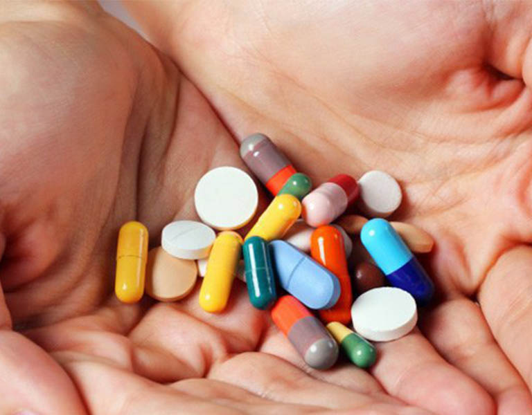 Thuốc Tây trị bệnh viêm tai giữa có mủ hiệu quả