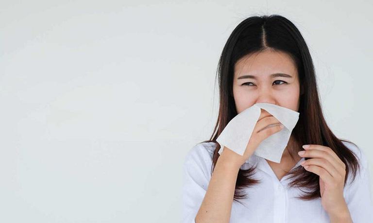 Bệnh gây ra nhiều sự khó chịu và ảnh hưởng lớn đến sinh hoạt của người bệnh