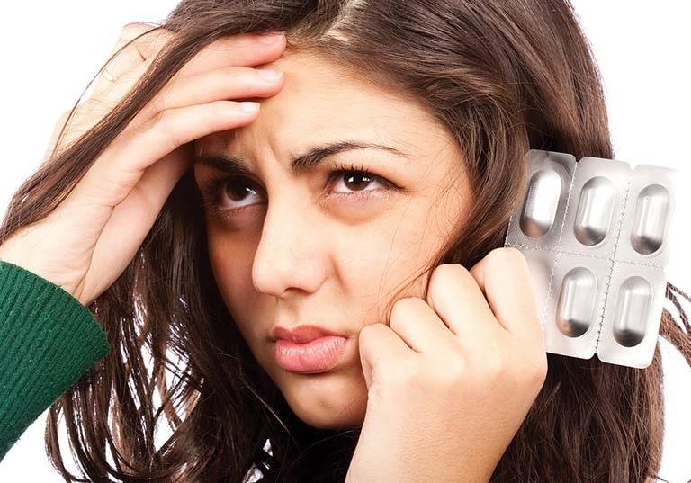 Thuốc Tây y chữa viêm xoang nhức đầu cần có sự chỉ định và hướng dẫn của bác sĩ