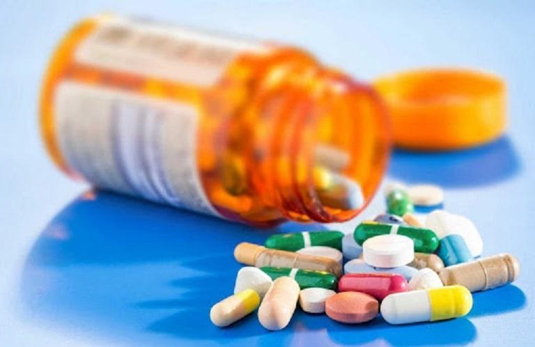 Điều trị viêm xoang cấp bằng thuốc Tây y được khuyên dùng ngay ở giai đoạn đầu