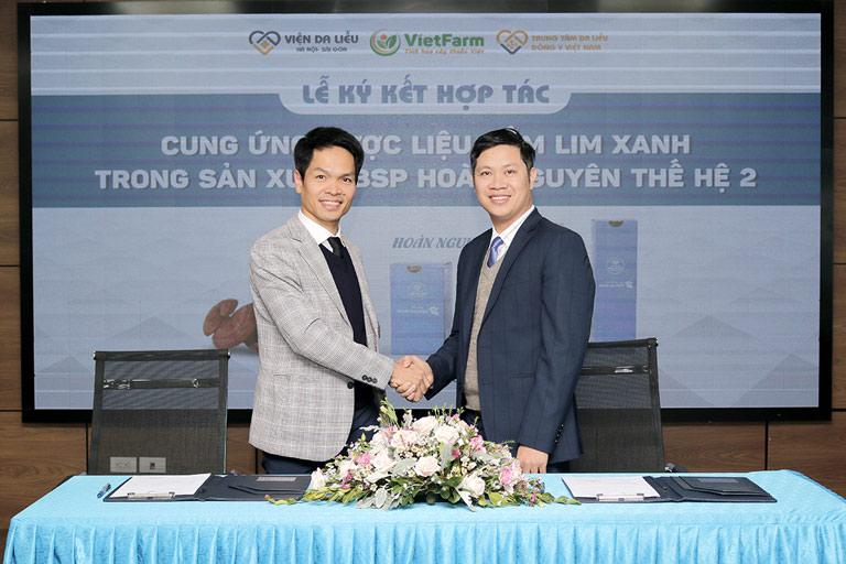 Đại diện 2 bên chính thức ký kết hợp tác đánh dấu mốc tiến quan trọng mới