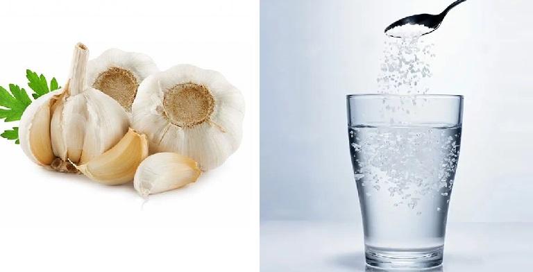 Sử dụng dung dịch tỏi muối rửa mũi mỗi ngày để cải thiện bệnh