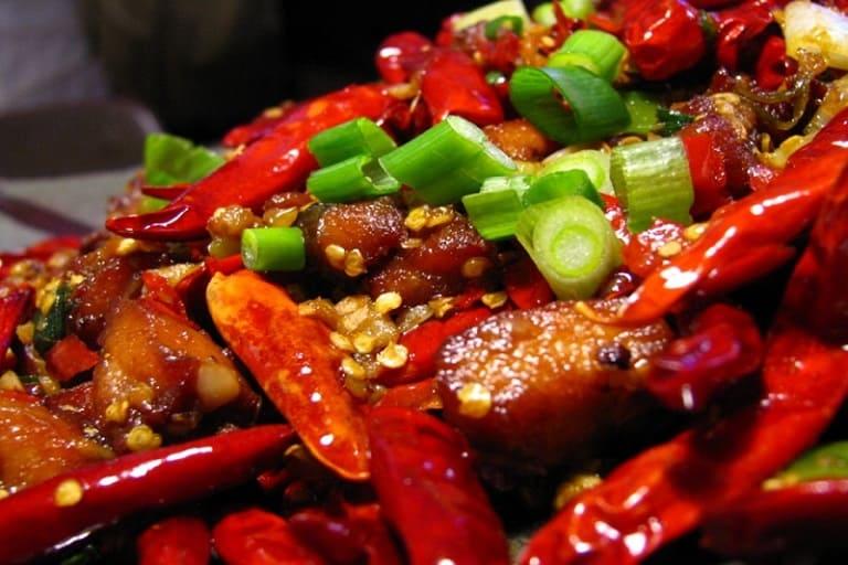 Thực phẩm cay nóng không tốt cho người bệnh viêm xoang