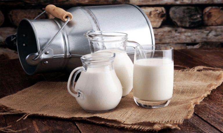 Sữa là đồ uống người bệnh viêm xoang cần hạn chế