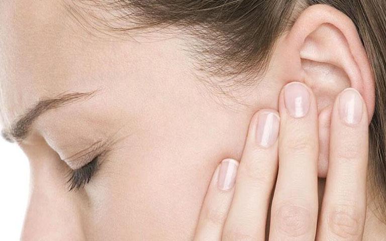 Bệnh có thể gây biến chứng viêm tai giữa