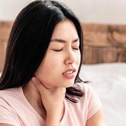 Viêm vòm họng là bệnh gì? Có nguy hiểm không và có chữa như thế nào?