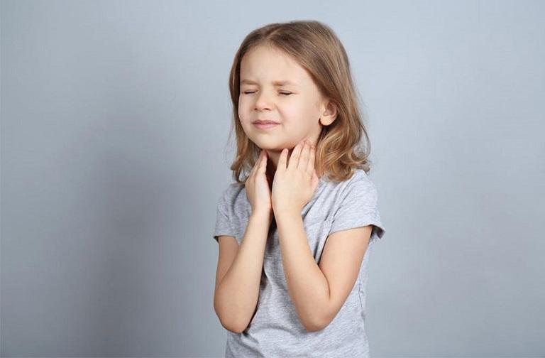 Bé bị viêm họng và những thông tin mà cha mẹ cần biết