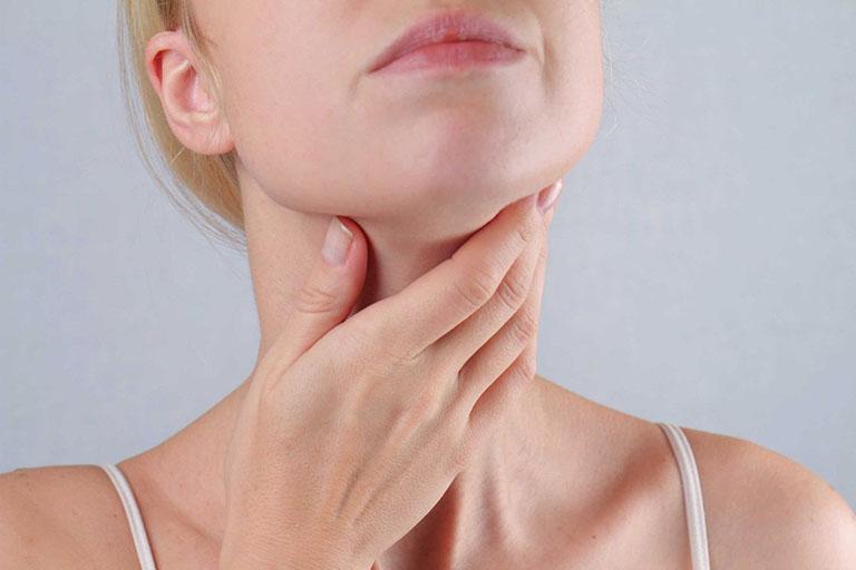 Người bị bệnh về tuyến giáp có thể mắc bệnh