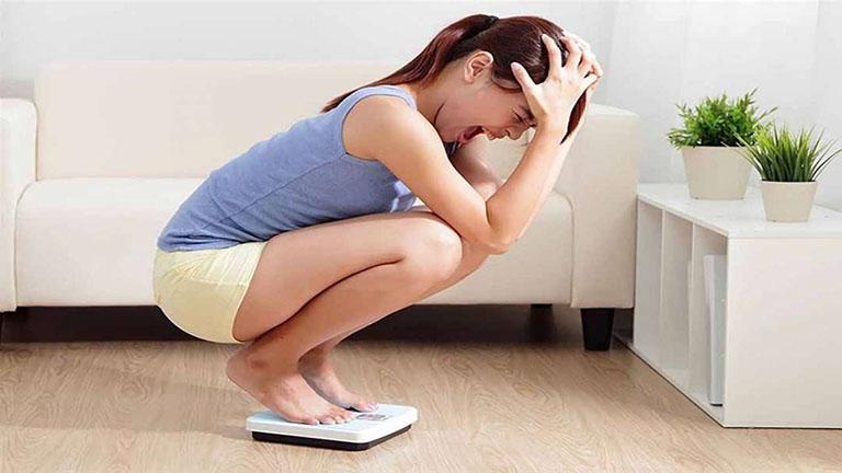 Đau dạ dày có thể khiến sụt cân