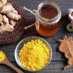 Nghệ tươi và mật ong chữa đau dạ dày hiệu quả