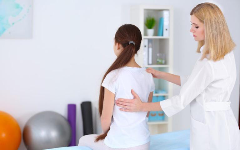 Kiểm tra lâm sàng và cận lâm sàng giúp bác sĩ đánh giá chính xác nhất tình trạng của người bệnh